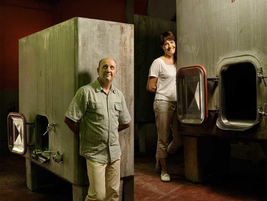 Vins doux, Maury, cuves béton, photo Emmanuel Perrin